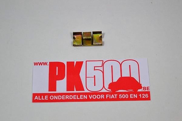 Fixation Fiat600